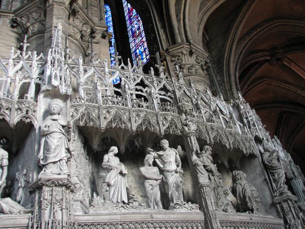 http://crossmoda.narod.ru/CONTENT/art/midle/gotica/img_gotica_sculptura/sh-2.jpg